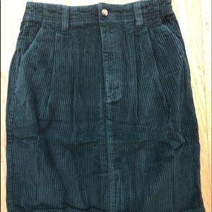 Eddie Bauer 6 wake corduroy skirt size 10